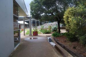 facilities-005